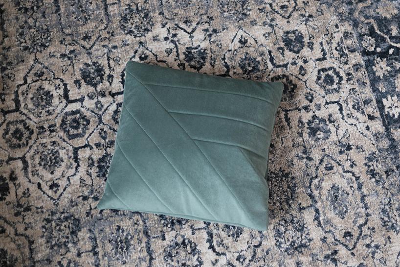 diy polster aus m belvelour n hen. Black Bedroom Furniture Sets. Home Design Ideas