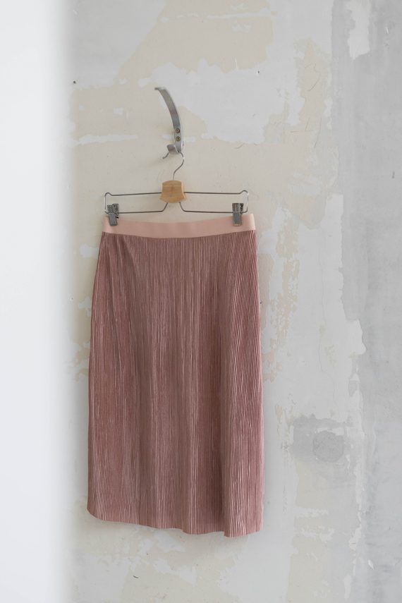 Schnittmuster Damen Rock #plissee auf Kleiderbügel